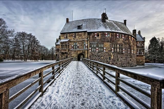 Burg_Vishering