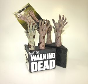 Zombie_Hand_Bookend_14